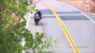اقوى حوادث الدراجات النارية المضحكة ... اقوى فيديو لايطوفكم bike dangerous
