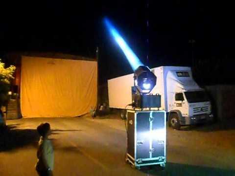 Iluminador de Céu SKY WALKER holle 4000w Dj Romualdo