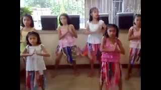 WAKA WAKA Dance TUTORIAL by FILIPINO KIDS   Best Dance Steps