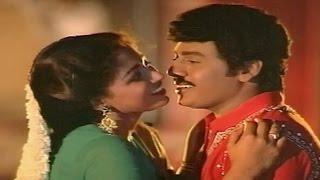 Ilaiyaraaja Hit Song From Tamil Movie || Maalai Karukayil Video Song