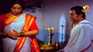 Sri Mantralaya Raghavendra Swamy Mahatyam Scenes - Rajnikanth & Lakshmi consummate their marriage