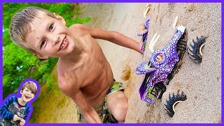 Monster Trucks for Children Playing in the Sand - Unboxing Toy Trucks for Kids