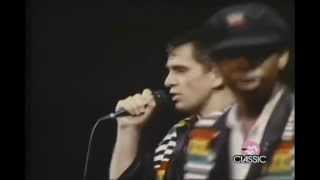 Peter Gabriel - In Your Eyes (Live 80's) avec Yousouf N'Dour