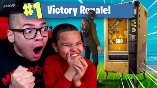 OMG *NEW* VENDING MACHINE IS INSANE! 9 YEAR OLD BROTHER COULDN