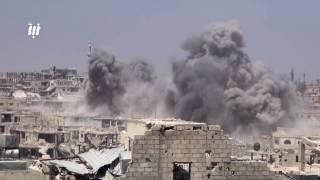 قوات النظام تواصل قصفها أحياء درعا البلد بصواريخ الفيل وغارات الطيران الحربي