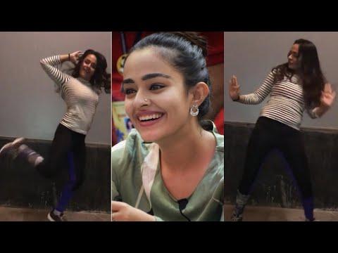 Xxx Mp4 Apoorva Arora Dancing For Punjabi Song 3gp Sex