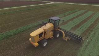 OXBO 4334 Self Propelled Hay Merger