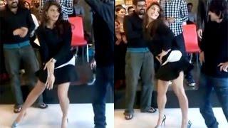 Jacqueline Fernandez hot dance performance at an event