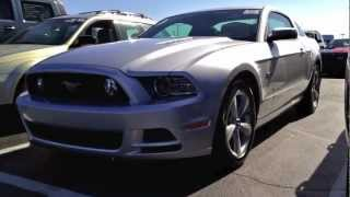 2013 Ford Mustang GT 5.0L V8 6MT Start Up, Quick Tour, & Rev WIth Exhaust View - 290 Miles
