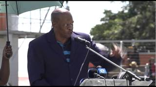 A moving tribute by Mzwakhe Mbuli at Flabba's funeral