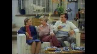 Brady Brides - The Mom Who Came To Dinner