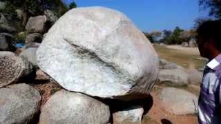 Mysterious :Metalic sound stone in India
