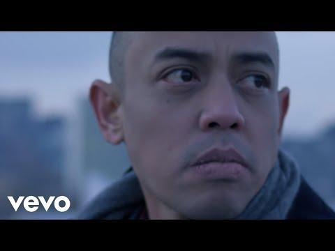 Joe Flizzow - Apa Khabar (Official Music Video) ft. SonaOne