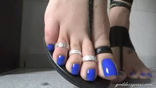 Sexy blue nails