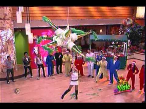 Se Vale Rompiendo La Piñata 17 de Diciembre 2010
