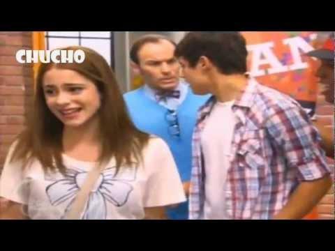 Los chicos le cantan a Violetta una cancion de despedida