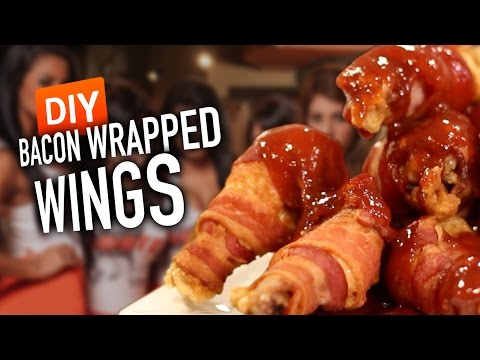 DIY HOOTERS Bacon Wrapped Wings