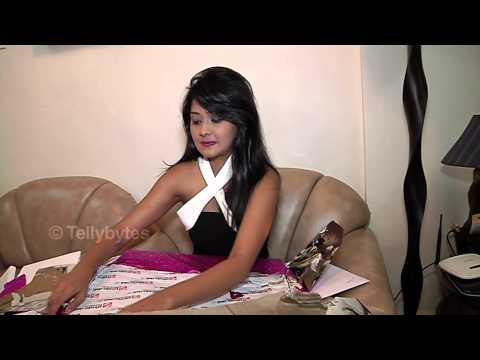 Kanchi Singh recieves birthday gifts from fans
