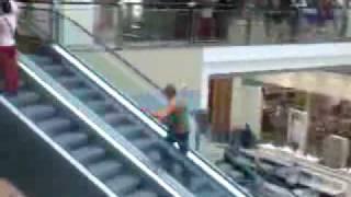 City Park mall Constanta - michael jackson  moonwalk :)).3gp