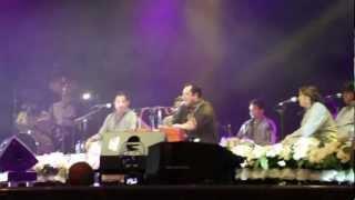 Rahat Fateh Ali Khan live 2012 11:33 Tumhe Dillagi