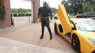 TYSON FURY TURNS UP IN LAMBORGHINI & BURSTS INTO PRESS CONFERENCE AS BATMAN !!! / KLITSCHKO v FURY