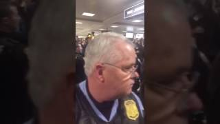 Cory Booker unprompted speech at Dulles Airport on January 27, 2017 #MuslimBan