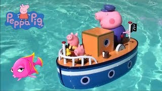 Peppa Pig: Disney Minnie Mouse Party Boat and Peppa Pig and Grandpa Pig Pirate Boat Toy Set Story