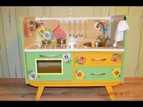 Игровая кухня для детей своими руками