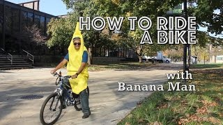 How to Safely Ride A Bike In Chicago (with Banana-Man)