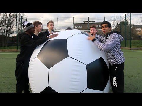 SIDEMEN GIANT FOOTBALL CHALLENGE!