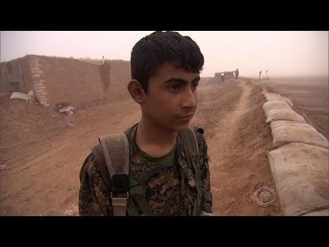 watch Syrians welcome U.S. Special Forces in ISIS fight