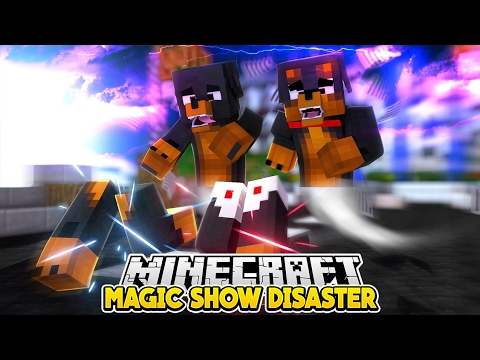 Minecraft Magic - BROTHERS LOSE THEIR LEGS AT A MAGIC SHOW - Little Baby Max Roleplay
