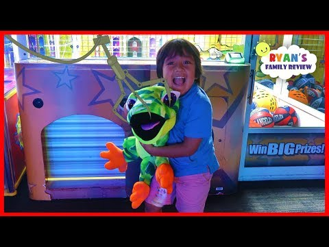 Ryan Won the Biggest Surprise Toy from the Crane Machine at Dave & Busters
