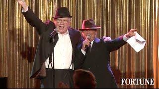 Warren Buffett sings Sinatra to 400 women   Fortune MPW