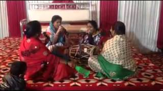 DJ WALE BABU BY INDIAN LADIES FUNNY