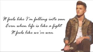 Union J - Amaze Me ( Lyrics + Pictures )