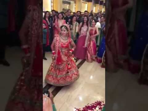 Punjabi bride dancing on her wedding in desi style
