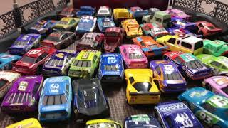 [Ringkasan] Disney Pixar Cars Ramon's Paint Shop Lightning McQueen & Heavy Metal Mater