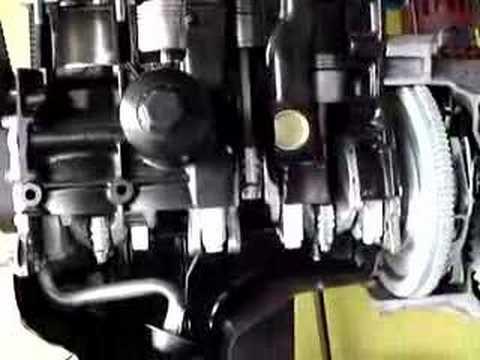 Motor aberto pra demonstração de funcionamento FAMA