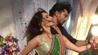Dosti Yaariyan Manmarziyan:: Hot and seductive moves of Samairas and Neil