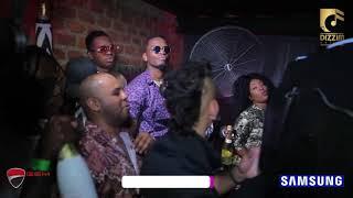 Tazama Diamond Platnumz kwa mara ya kwanza anaiperform 'Love You Die' kwenye Pre-Birthday Party yake