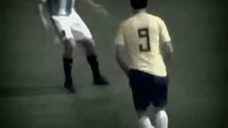 Brasil 0 x 0 Argentina Leandro Damião da uma LAMBRETA em Argentino 17/09/2011