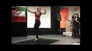 رقص چند دختر شجاع بدون حجاب در سالن سخنرانی دانشگاه آزاد تبریز