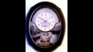 JOYFUL HOMESTEAD MUSICAL MOTION CLOCK 4MH892WU02