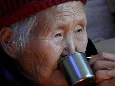 Healthy 92-year-old Lady Drinks Liquor Every Day for 60 Years