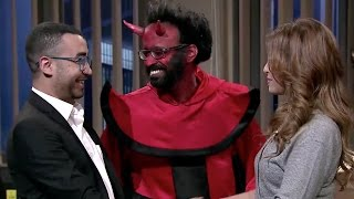 هو وهي والشيطان - دي عايزة الحلال يا مدحت !  - SNL بالعربي