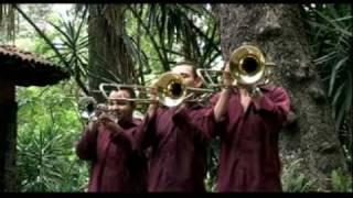RIO REBELDE - YAZMIN **Official Music Video #CalentanoStyle