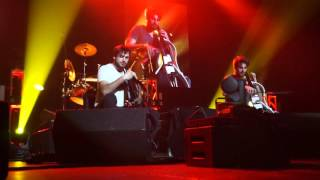 2CELLOS Wake Me Up and We Found Love Redbank USA 30 Jan 2016 (Live)