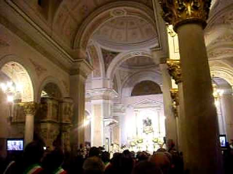 Diocesi di Teggiano: dal Cav. De Lisa con vicinanza a Mons. Antonio De Luca (04-02-2012).
