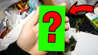 WHAT CELL PHONE DID I FIND!! Gamestop Dumpster Diving #388